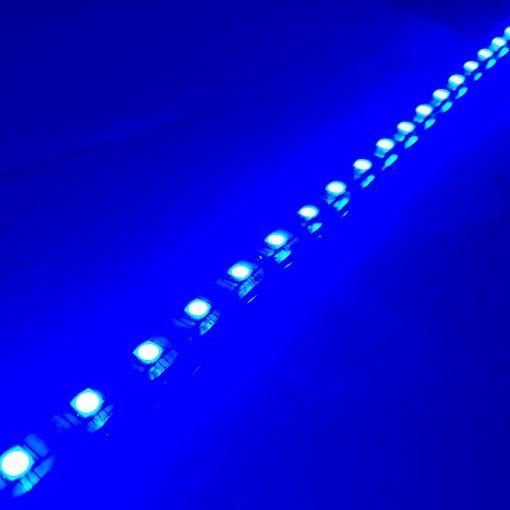 Tira de LED RGB 5050 230vAC IP65 en azul