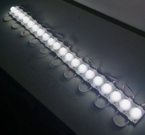Cadena de módulos LED Samsung encendido